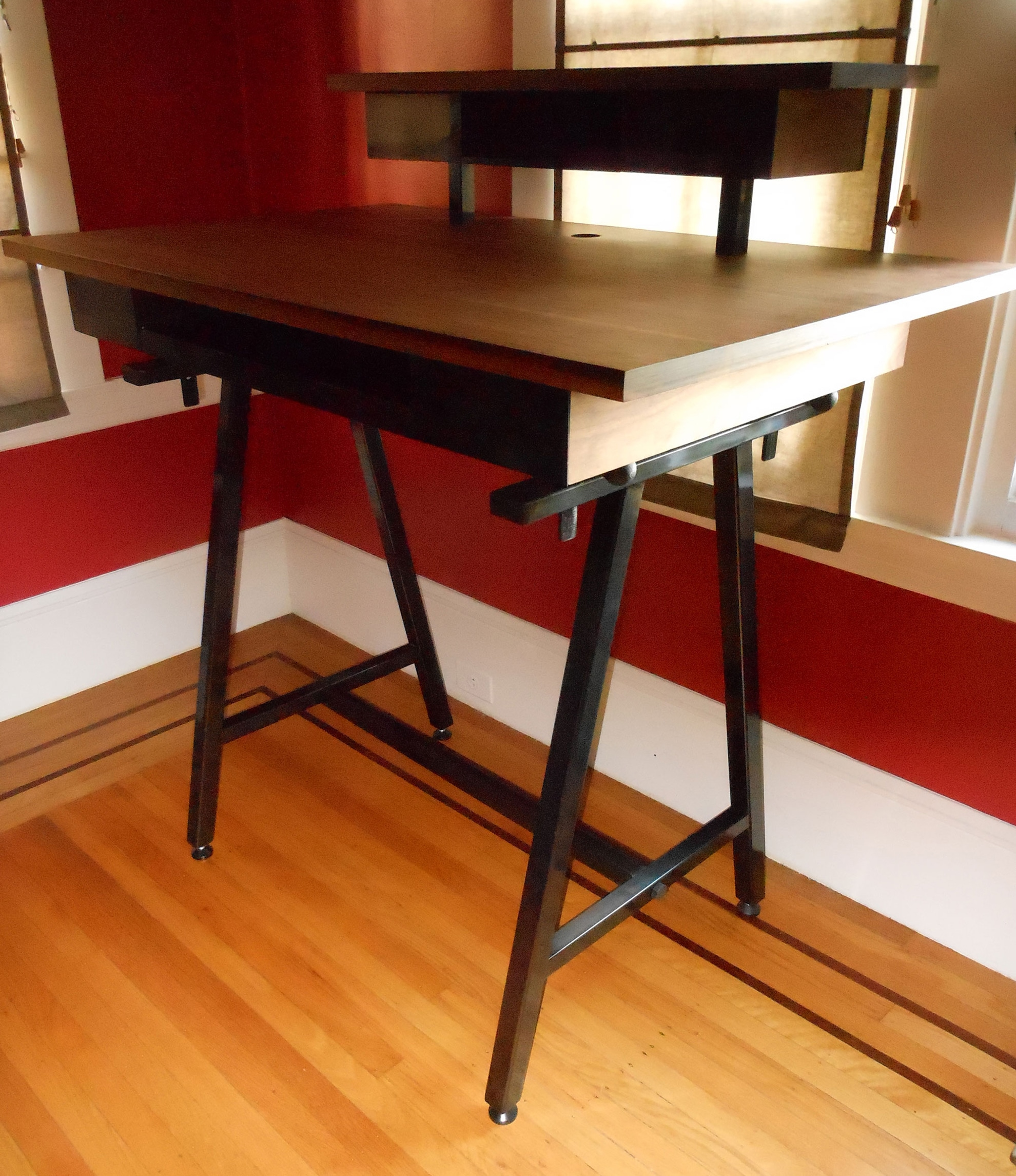 standing desk with 2 tiers
